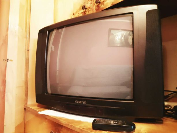 Telewizor CURTIS 25