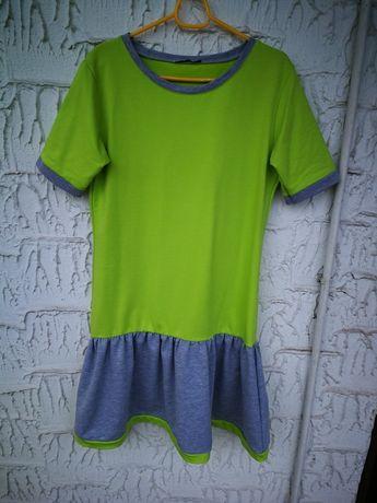 Dresowa krótka sukienka sportowa szara zielona krótki rękaw