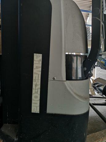 Wózek elektryczny podnośnikowy paletowy paleciak