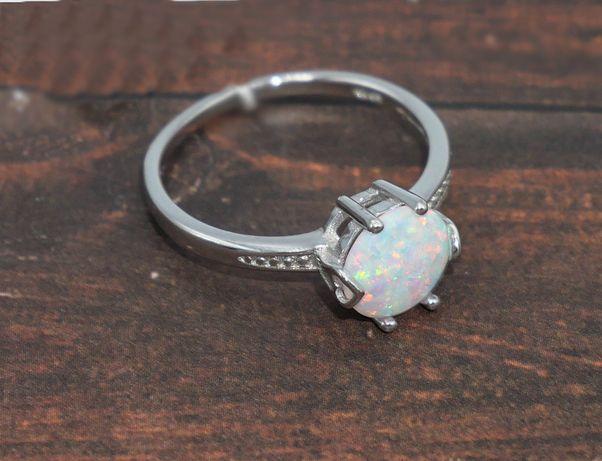Srebrny pierścionek 925- opal australijski syntetyczny-rozmiar 18