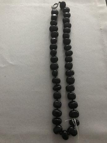 Korale czarne agat