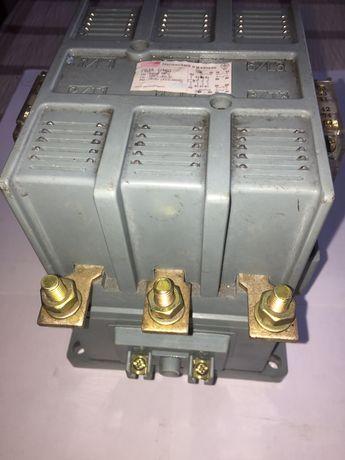 Продам новий магнітний пускач ПМА-1-160. 220 В. 160 А.
