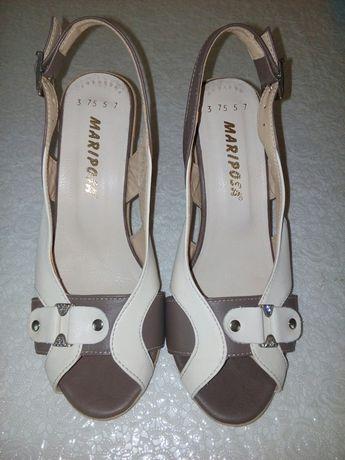 Шкіряні босоножки,сандали,туфлі