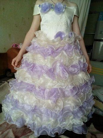 Детское бальное выпускное платье.