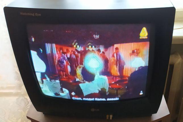Продам телевизор LG CF 20F82