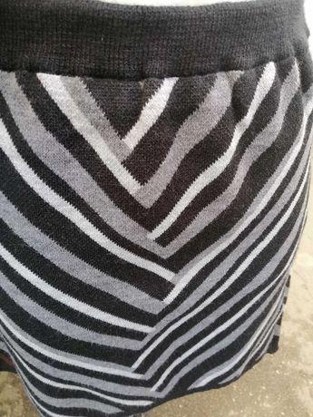 Юбки трикотажные