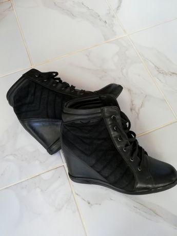 Продам взуття фірми Pierre Cardin