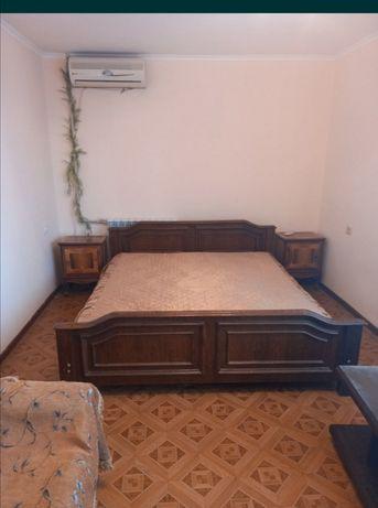 Сдам 1 ком квартиру Маршала Жукова 34 . 5.000тыс гривен