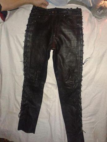 spodnie skorzane POLO roz M sznurowane po bokach stan bardzo dobry