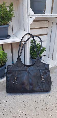 Czarna torebka, stan idealny