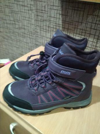 Ботинки, Зимові Кросівки36 розмір