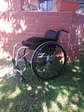 Wózek  aktywny GTM 1 inwalidzki lekki
