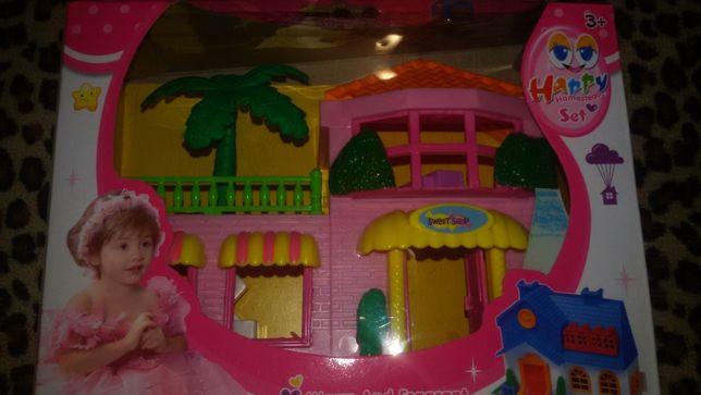 Новый кукольный дом с мебелью и куклой.