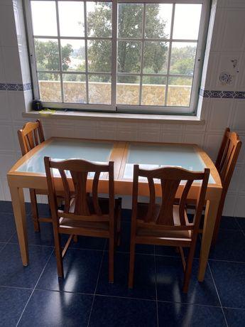 Mesa extensivel tampos vidro + 4 cadeiras