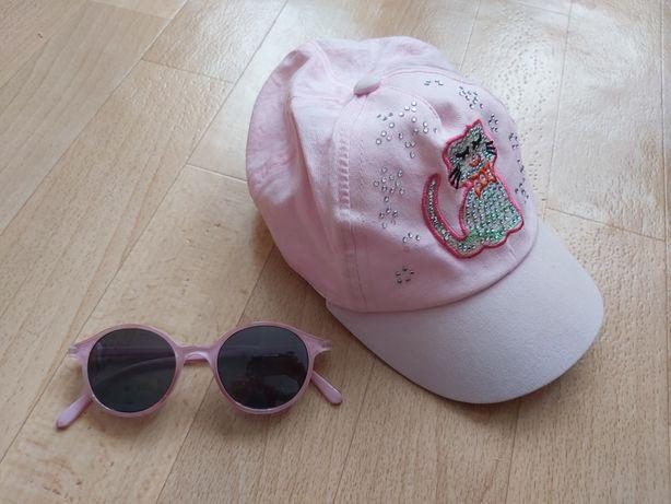 Детская кепка. Детские солнцезащитные очки.