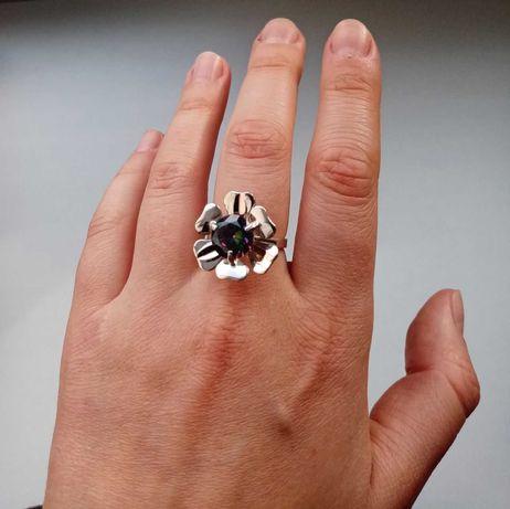 Кольцо-цветок серебро с золотом