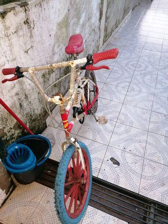 Bicicleta BMX confersil roda 20 bom estado