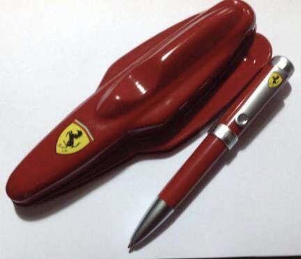 """Esferográfica """" Ferrari """" - Novo"""