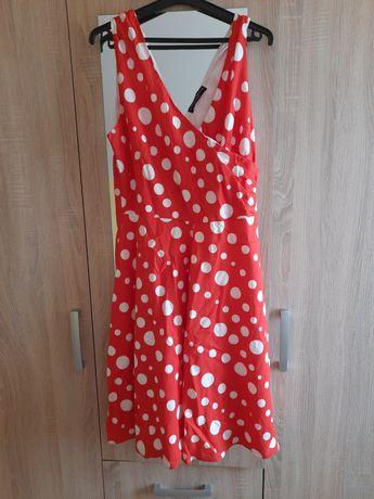 Sukienka czerwona w kropki