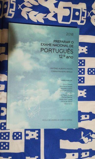 Livro de preparação para Exame Nacional de Português 12ºano