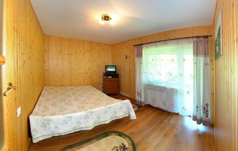 Квартира двухкомнатная жылье частний дом в Трускавце-1