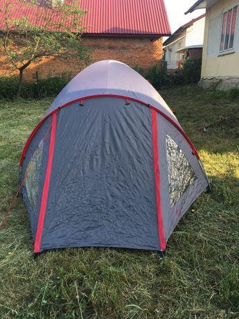 Палатка двохтентна з Європи