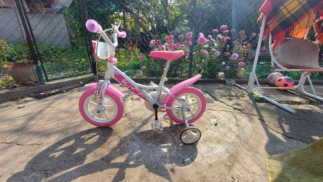 Велосипед для дівчинки від 2 до 4 років