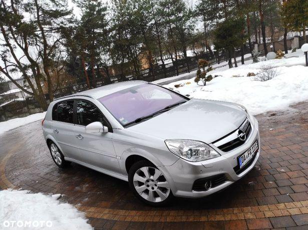 Opel Signum 1.9 150 km HAK Serwis Nawigacja Parktronik Grane fotele tył zamiana