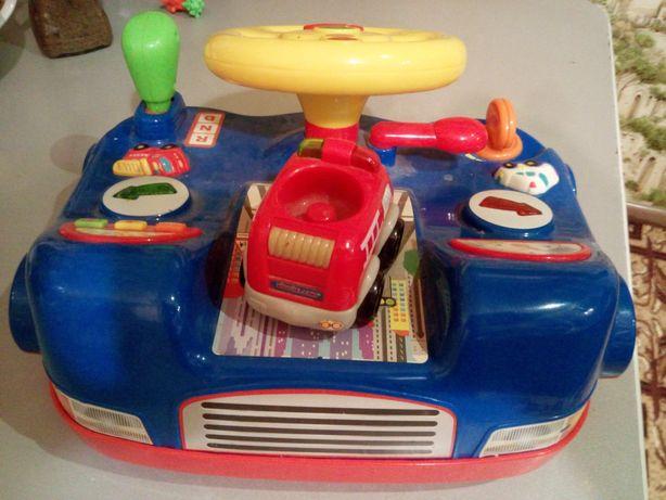Детский руль автотренажер световыми и звуковыми эфектами.Все работает.
