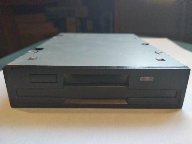 FDD привод (floppy-дисковод)