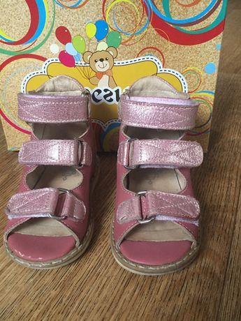 Ортопедические сандали,Берегиня сандали для девочки, стелька  13,5 см