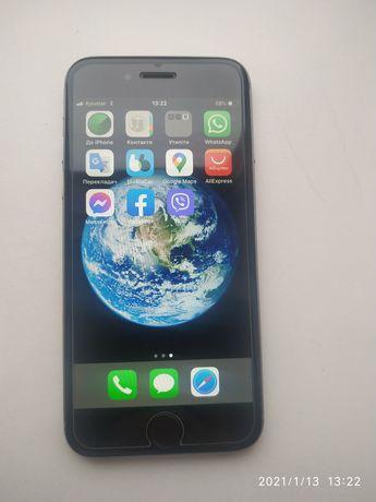 Продам айфон 6  срібного кольру