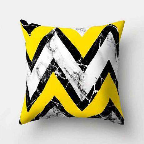 Декоративні подушки для дивана