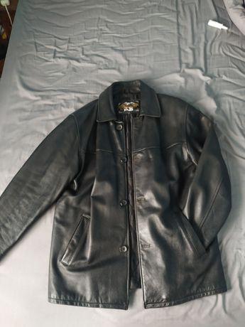 Чоловіча чорна шкіряна куртка розміру xl, шкірянка, кожанка