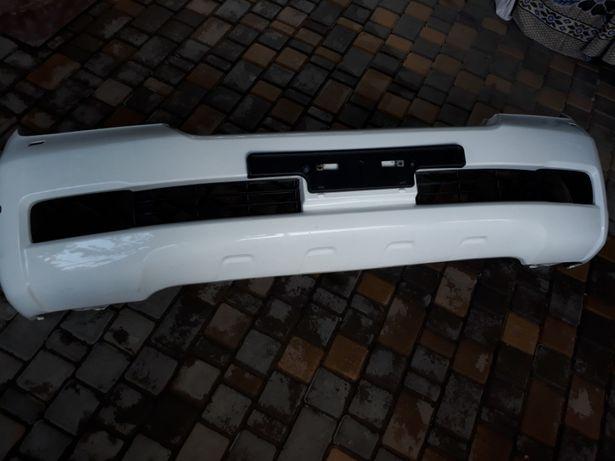Продам бампер передний тойота лендкрузер 200 2008г