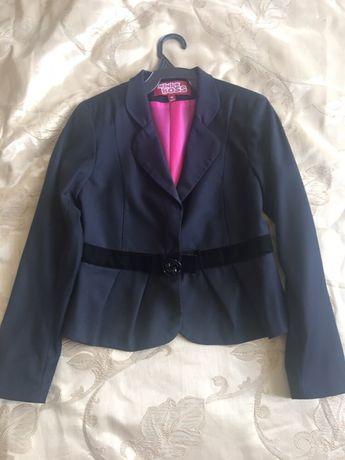 Стильный пиджак в школу MINI BOSS 140р