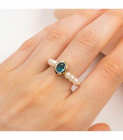 Кольцо из жемчужин с брошью