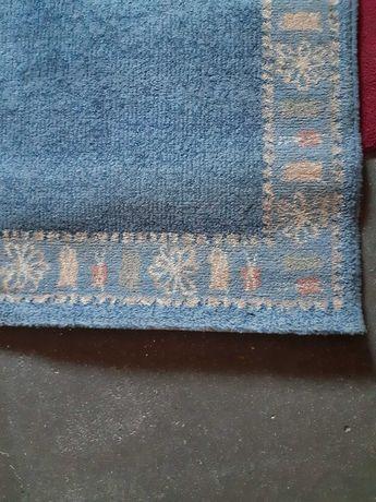 Carpete azul/cinza