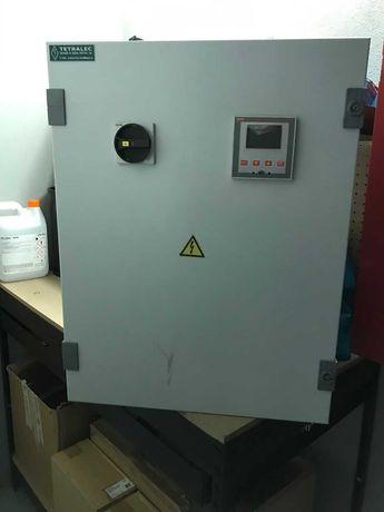 Quadro de baterias de condensadores
