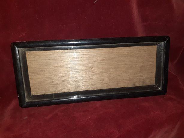 Stara gablotka gablota z drewna do zawieszenia do expozycji