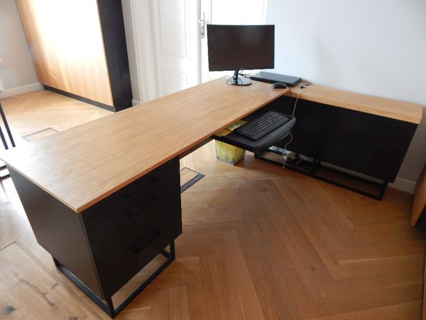 biurko w kształcie litery L w bardzo dobrym stanie