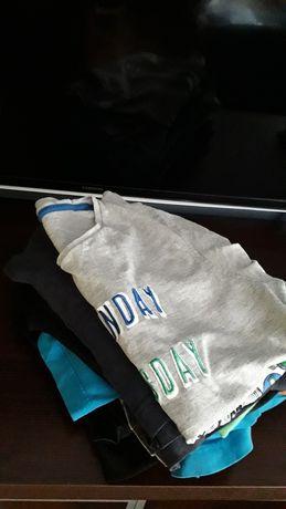 Oddam T-shirty rozmiar 134-146