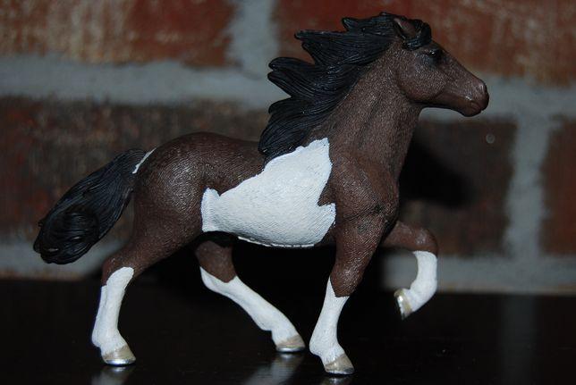 Figurka Schleich koń konie kuc kucyk ogier Islandzki 13707 kolekcjoner