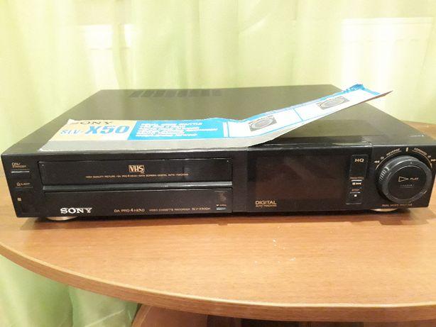 Видеомагнитофон Sony SLV-X50 на запчасти или под восстановление.