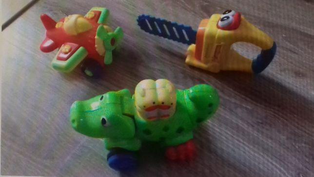 samolot, piła, krokodyl