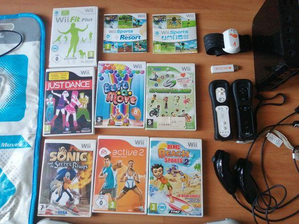 Wii com extras e 9 jogos