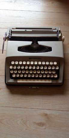 Sprzedam maszynę do pisania walizkową