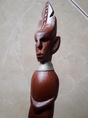 Stary drewniany rzeżbiony widelec- Afrykańska sztuka plemienna