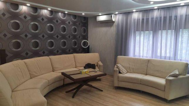 3 ком. в районе Калиновой с ремонтом, мебелью и техникой