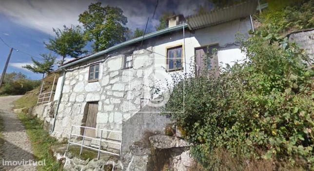 Casa para Restaurar T2